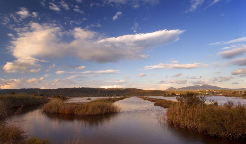yalova-lake